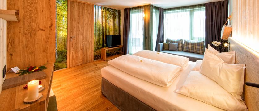 italy_dolomites_selva_mountain-design-hotel-eden_bedroom.jpg